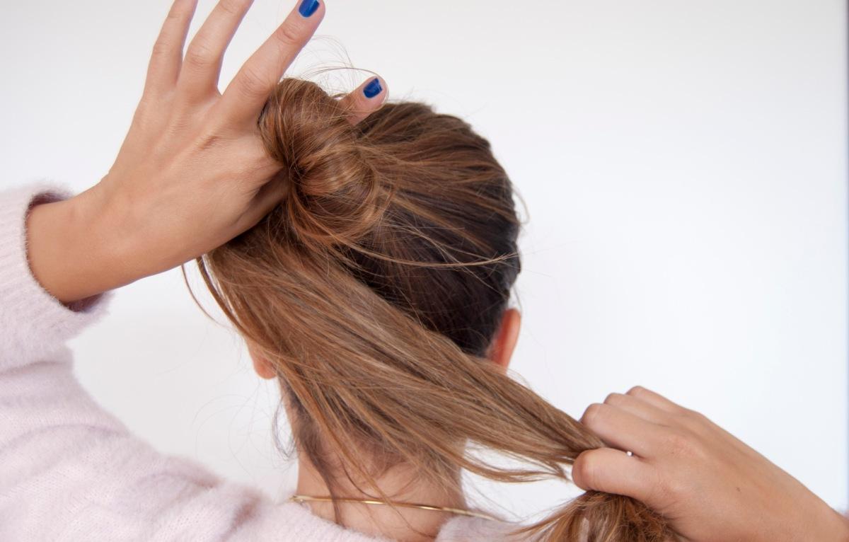 3 formas de evitar las marcas de resortes en el pelo